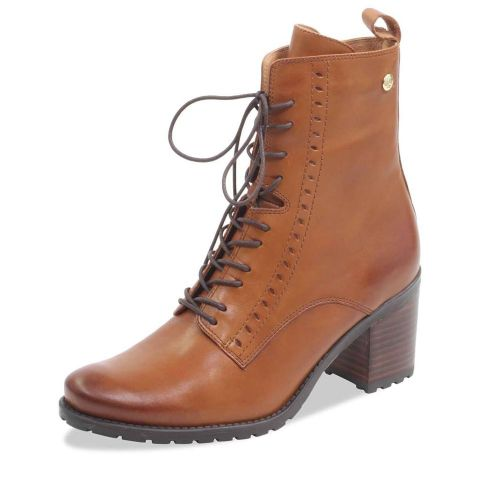 CAPRICE Tan Leather Boots